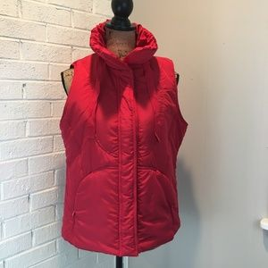 NWT For Cynthia Red Puffer Vest | PL